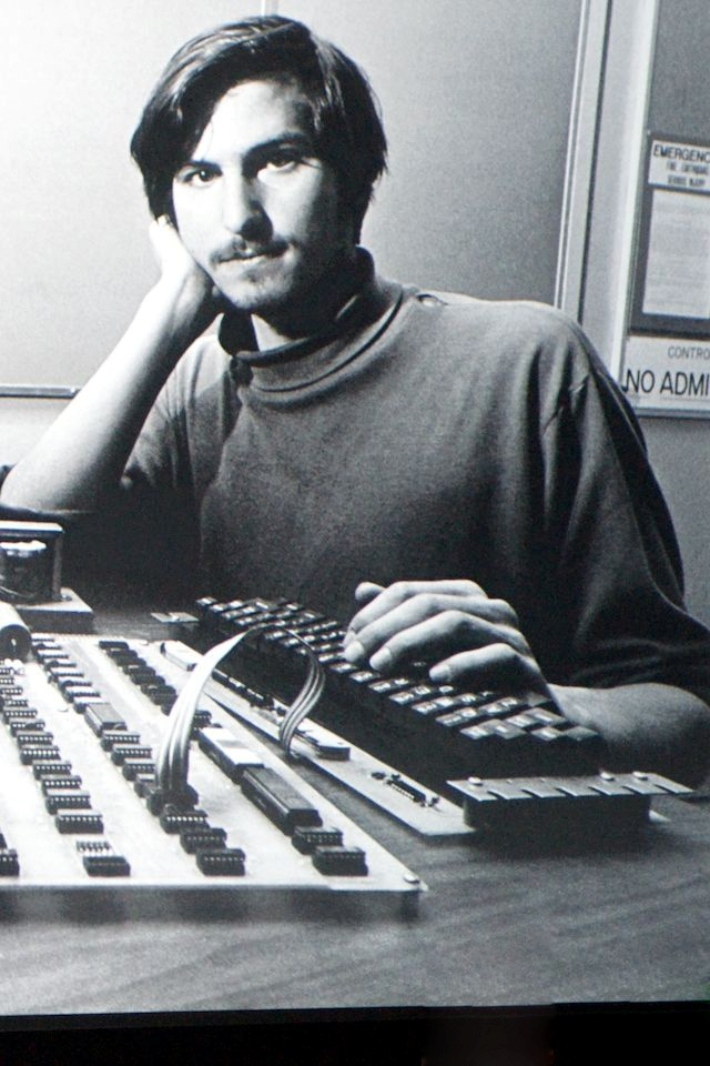 Steve jobs young SN01